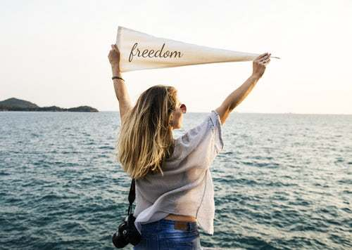 Health freedom woman - Photo by rawpixel on Unsplash